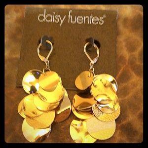 New Daisy Fuentes Dangle Earrings